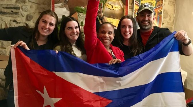 BIENVENUE A LA NOUVELLE EQUIPE CUBANIÑOS, PARTENAIRE DES PETITS CŒURS DE CUBA.