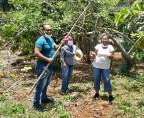 récolte fruits petits coeurs de Cuba Centre Miséricorde divine El Chico3